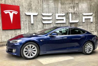 Berapa Sih Harga Mobil Tesla?